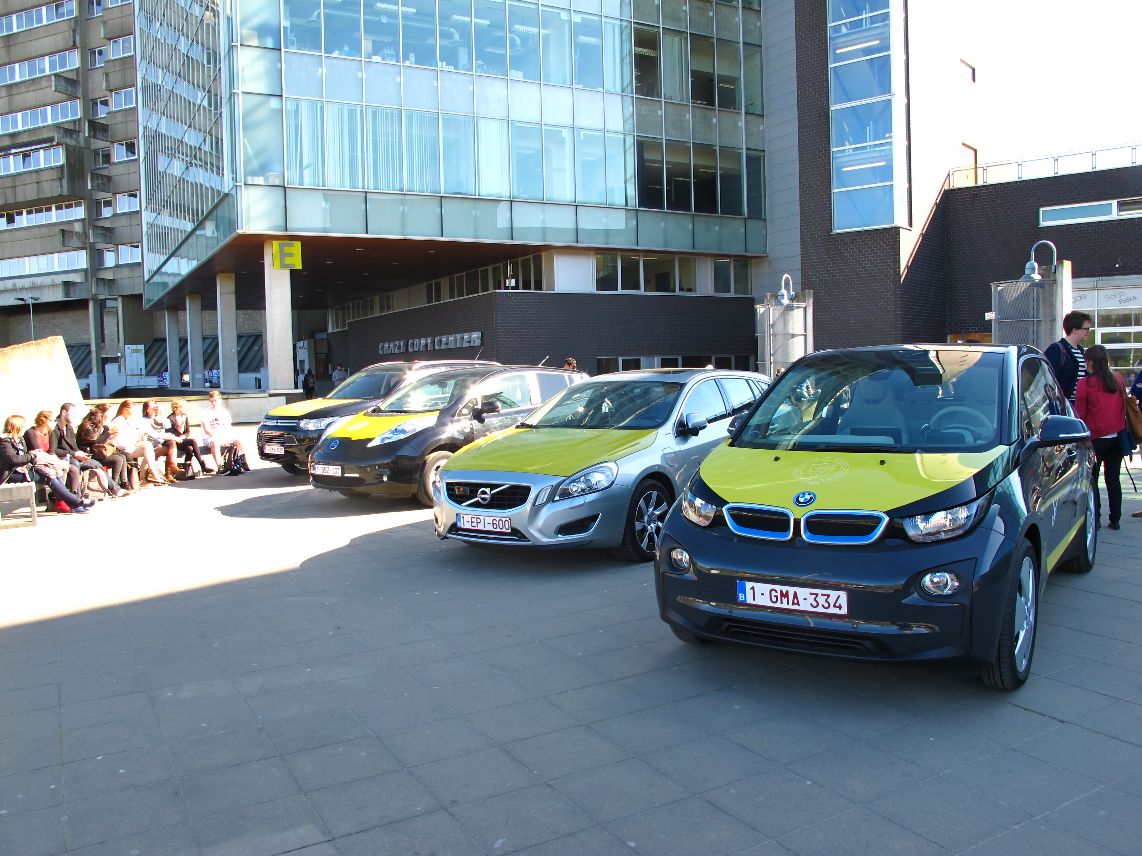 electric and hybrid vehicles at vub humanities campus
